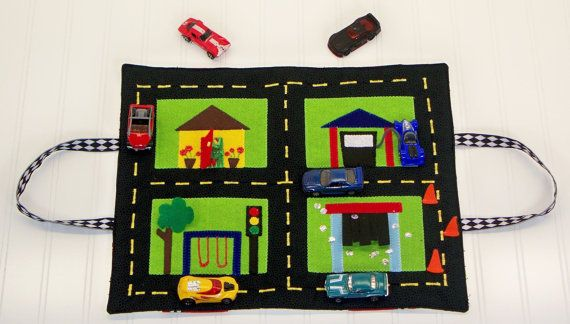 Travel and Car Storage Play Mat PDF Sewing Pattern for Kids/ Matchbox or Hot Wheels Storage/ Garage & Go PDF Sewing Pattern