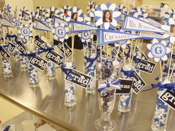 Graduation Party Centerpieces Ideas | Here are some general tips for creating a graduation centerpiece: