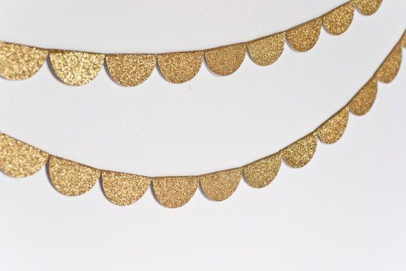 gold bunting: Gold Glitter, Scallops Garlands, Glitter Garlands, Glitter Shoes, Gold Garlands, Scallops Glitter, Big Girls, Gold Christmas, Gold Scallops