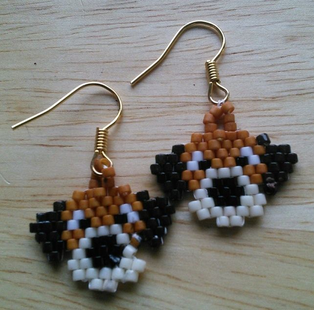 Cutest puppy in the show earrings £4.00
