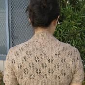 Something Lacy Shrug - via @Craftsy Free pattern, worsted weight, 350yrds.