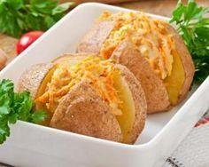 Pomme de terre farcie aux carottes râpées à la mayonnaise allégée : http://www.fourchette-et-bikini.fr/recettes/recettes-minceur/pomme-de-terre-farcie-aux-carottes-rapees-la-mayonnaise-allegee.html