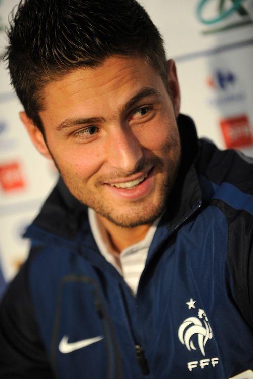Olivier Giroud. France is soooooo lucky.