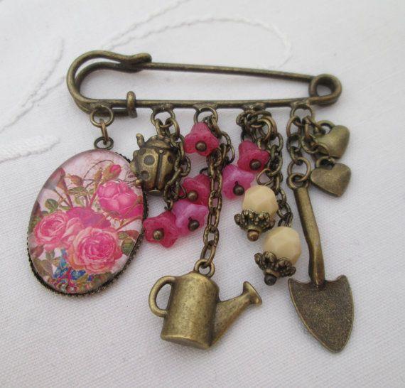 Kilt pin brooch roses gardening ladybird retro by ArabellasAttic