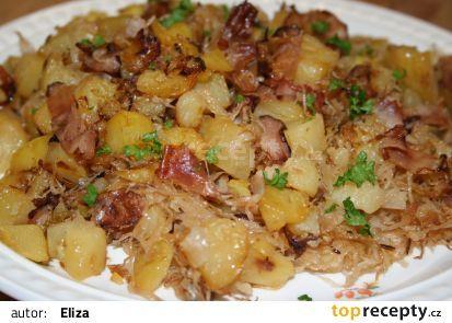 Sedlácká bída recept - brambory,těstoviny,kys.zelí,anglická,uzené)
