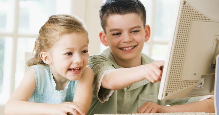 Sinais de desequilíbrio hormonal em crianças. Recentemente, crianças com desequilíbrios hormonais tornaram-se uma preocupação. A fim de entender o que é um desequilíbrio hormonal, deve-se primeiro entender o que é um hormônio, aí então considerar como ocorre um desequilíbrio.