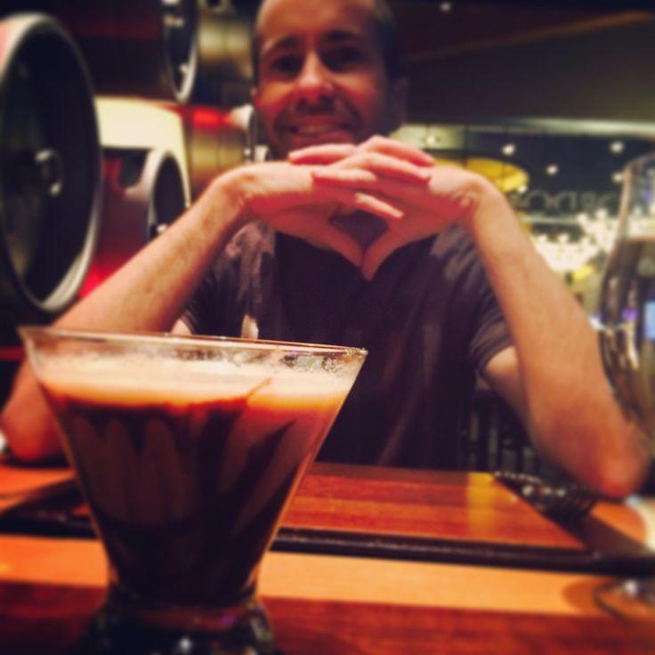 Cocktail Cam - Gordon Ramsay's pub in Vegas.