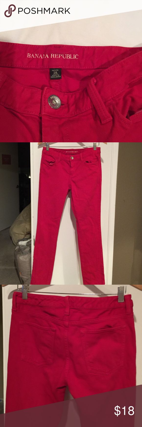 Banana Republic Red 28P Slim Jeans Gently used, very good condition, 28 petite jeans. Flattering and comfortable. Banana Republic Jeans Straight Leg