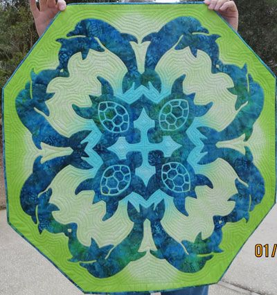 sea turtle quilts | Sea Turtles & Dolphins Hawaiian quilt pattern