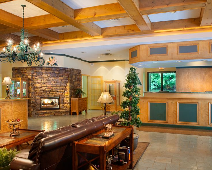 Fall in love with rustic elegance during a romantic getaway to Bluegreen Vacations MountainLoft™, an Ascend Resort in Gatlinburg, TN.
