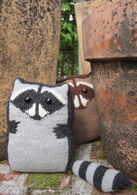 Ravelry: Raccoon Cocoon pattern by Lauren Phillips