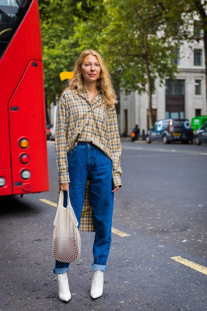 London Fashion Week Street Style Spring 2018   POPSUGAR Fashion