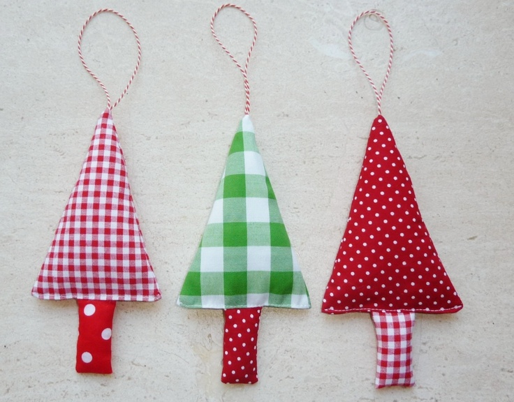 Christmas Tree Ornaments Fabric Christmas Decorations in green, red and white.: Holiday, Ornaments Fabric, Fabric Christmas Trees, Christmas Fabrics, Christmas 3, Fabric Christmas Ornaments, Fabric Christmas Decorations, Christmas Tree Ornaments