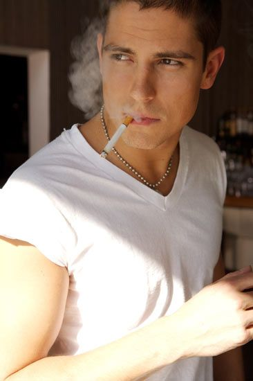 Sean Faris is such a hotta tamottie.