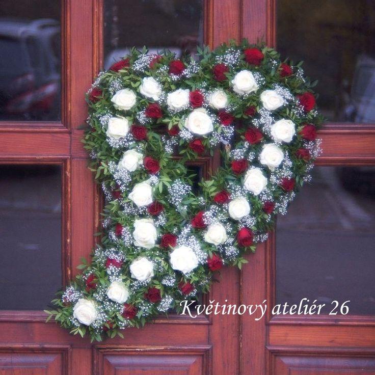 Květinový Ateliér 26 - pietní živé srdce