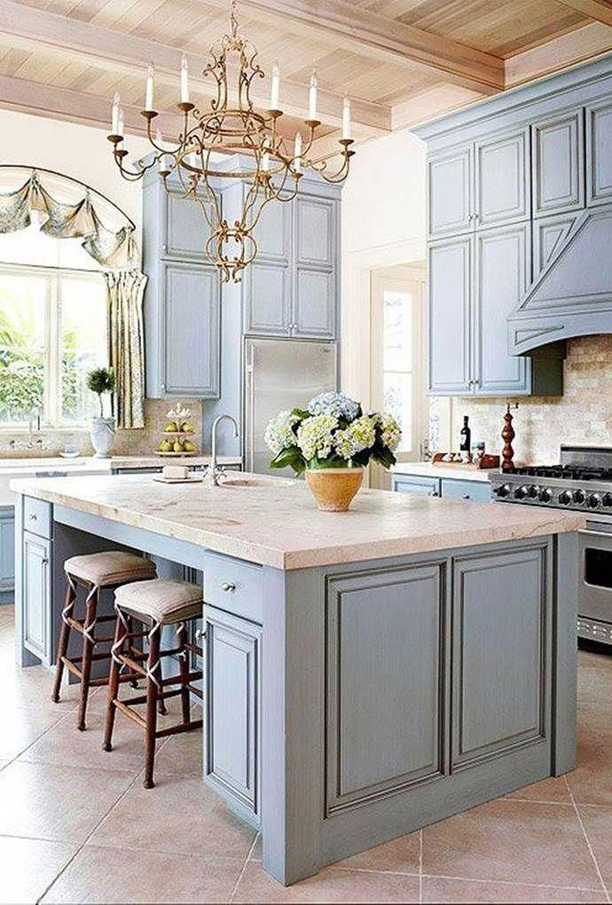 Love French Provincial Style But Don T Know The Right Way To Incorporate It Into Your Country Kitchen Decor French Country Decorating Kitchen Country Kitchen