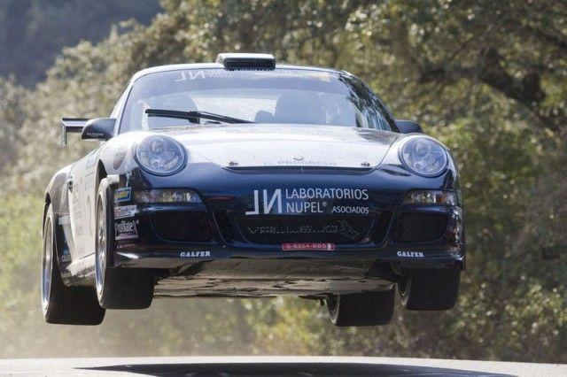 Porsche: Flying Cars, Porsche Racing, Porsche Motorsport, Porsche 911, Porsche Perfect, Cars Life, Racing Cars, Cars Moving, Rally Cars