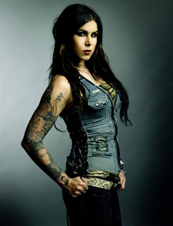392 best kat von d images on pinterest amazing tattoos beautiful tattoos and beauty art. Black Bedroom Furniture Sets. Home Design Ideas