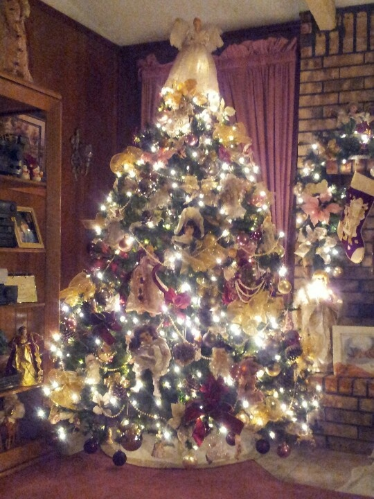 1000 Ideas About Victorian Christmas Tree On Pinterest