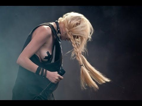 """just tonight"" ""make me wanna die"" and ""factory girl"" live at t in the park festival 2011 by the pretty reckless."