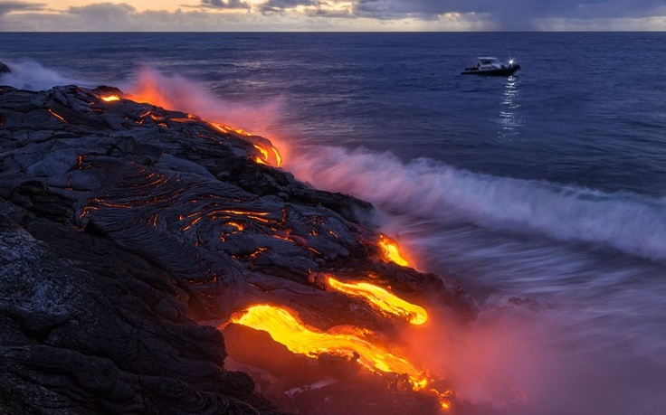 Lava flows 6 miles into the Pacific Ocean