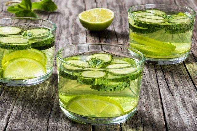 Рецепт вкусного витаминного напитка Вода Сасси 0