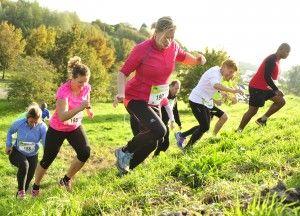 Bijna 600 sporters hebben zondag deelgenomen aan de tweede editie van de Nedereindse Berg Loop. Twee burgemeesters, een wethouder en honderden toeschouwers moedigden de lopers aan die één van de vier afstanden voor hun rekening namen.