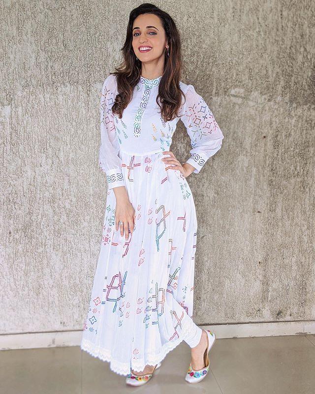 Sanaya Sanayairani Instagram Photos And Videos Fashion Indian Celebrities Dresses