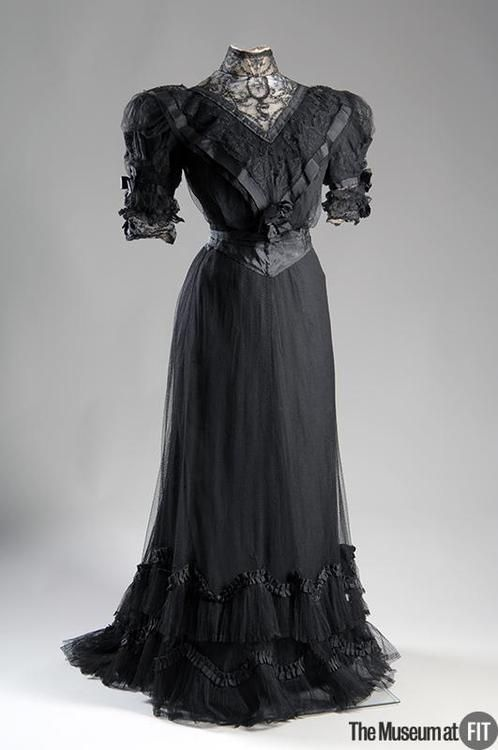 Afternoon Dress Made Of Black Point d' Esprit, Silk Taffeta, Grosgrain Ribbon, Lace - Designed By Jeanne Paquin - France    c. 1902 The Museum at FIT