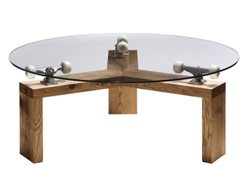 Mesa Skate girando sin  parar