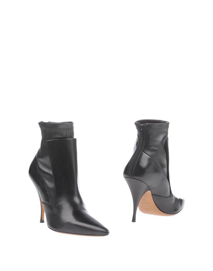Givenchy Полусапоги И Высокие Ботинки Для Женщин - Полусапоги И Высокие Ботинки Givenchy на YOOX - 11213726BL