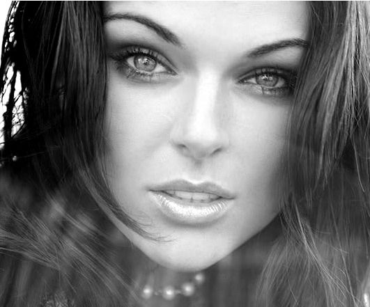 Serinda Swan: Most known for Breakout Kings and Graceland