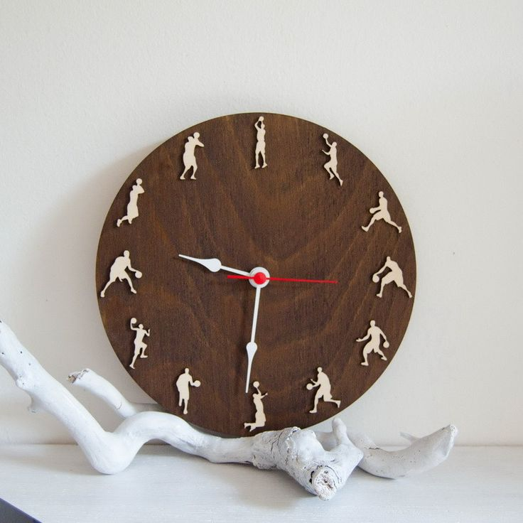Basketball clock sportsmen gift, Wood wall clock with basketball players