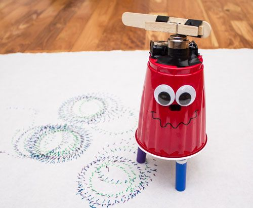 Full, step-by-step, picture tutorial for making an easy, fun, drawing robot. A great first robotics projects for kids of all ages.