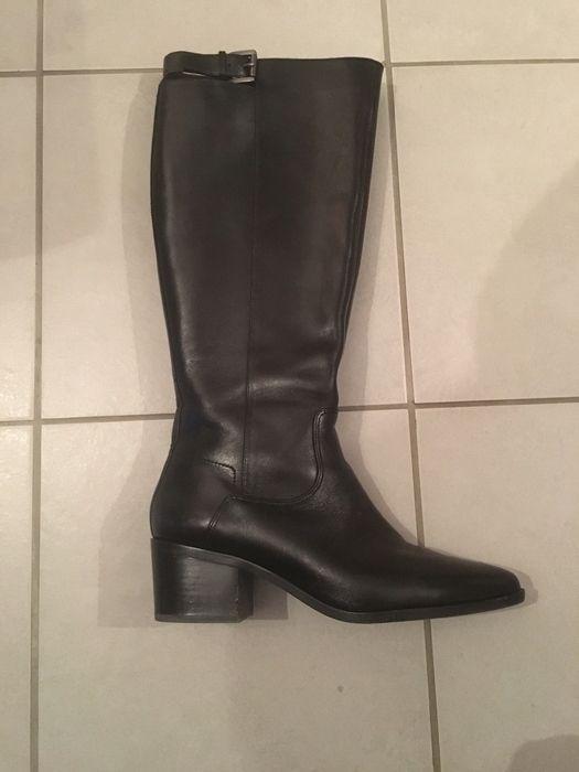 Bottes Geox Neuve Geox ! Taille 40  à seulement 190.00 €. Par ici : http://www.vinted.fr/chaussures-femmes/bottes-and-bottines/27362166-bottes-geox-neuve.