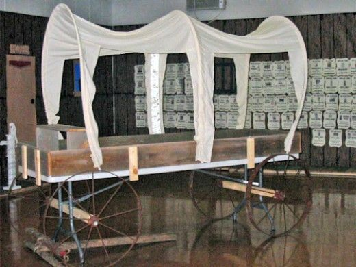Setting Buffet Table Covered Wagon Wild West Themes
