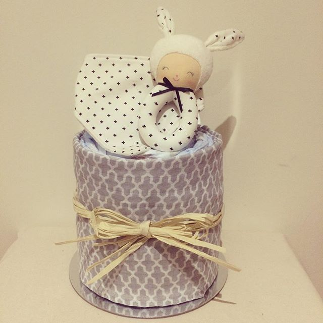 #littlemissgandco #alimrose #nappycake #hampers #baby #babyshower #babyboy #babygifts #hospitalgift #quality #simple #melbourne #rattle #neckerchief #evedeso #eventdesignsource - posted by Georgia Andrianopoulos https://www.instagram.com/littlemissgandco. See more Baby Shower Designs at http://Evedeso.com