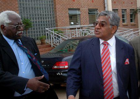 Former Chairman Finance Bank #Zambia unamused with ZR's, latest https://goo.gl/TSIspc