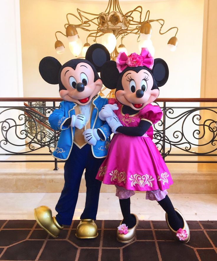 "Mickey and minnie's new looks at Shanghai Disney Resort. Their looks also debuted already at Walt Disney World Orlando too for the show ""Mickey's friendship fair"". It took me a little bit to get used to the new look and in my opinion, I love it! They look better than the old ones and they look exactly like their cartoon counterparts!"