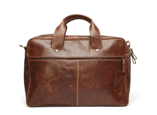 The coolest travel bag for men and why not also women - brown, smooth leather