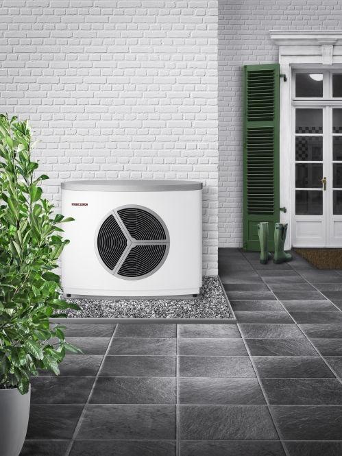 Extrem leise und hocheffiziente Split-Luft-Wasser-Wärmepumpe