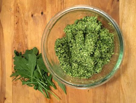 Nyers zöld brokkolis kenőke