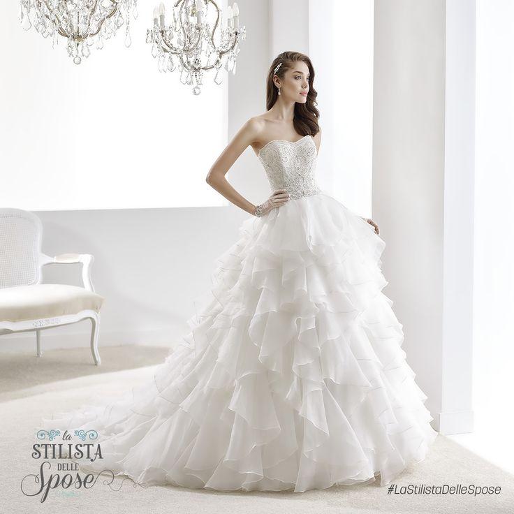 Episodio 1 - L'abito da principessa indossato da Luna! Wedding Jolies princess dress 2016 collection. http://www.nicolespose.it/it/abito-da-sposa-Jolies--JOAB16488-2016 #Nicole #Jolies #collection #nicolespose #alessandrarinaudo #wedding #abitidasposa #bianco #white #weddingdress #sposa #bride #brides #bridal #LaStilistaDelleSpose #realtime