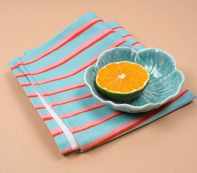 A personal favourite, the turquoise Marshmallow tea towel. 🍊   Printed on cotton linen and hand finished. Use code TUTTIFRUTTI to get 20% off on our online store.  .  .  #homedecor #texture #textiles #pattern #design #kitchen #linen #homeware #handmade #prints #stripes #interiors #colourpalettes