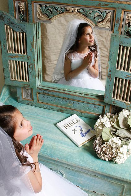 There's a lot to think about and do in preparation for your child's First Holy Communion. From making sure your child is spiritually prepared for the big day down to the concrete practical details of party planning—it's a big job. Here's an overview of stuff you need to think about …