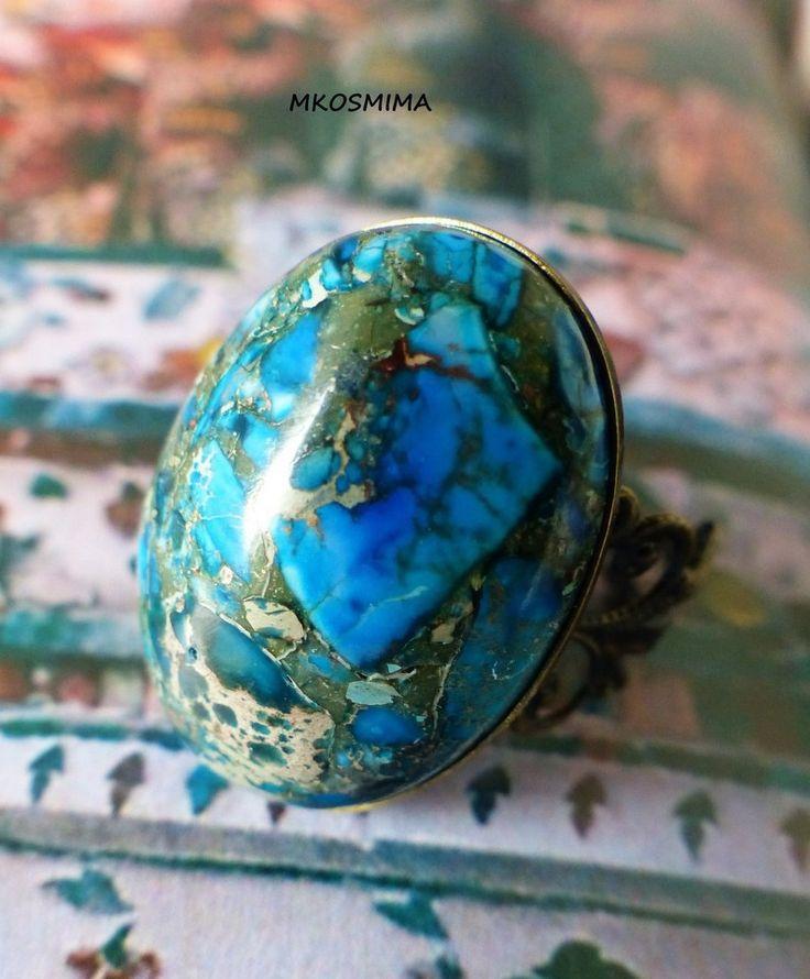 """Bague en jaspe pierre fine sédiment marbrée """"Mila"""" aux déclinaison de bleus et beige montée sur métal bronze : Bague par mkosmima"""