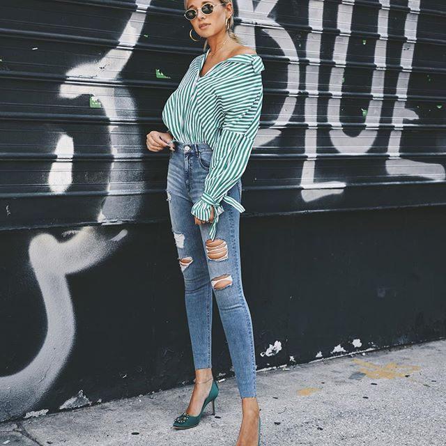 Today on WWW • in @express  #expressjeans • super high waisted and affordable (best combo) #expresspartner http://liketk.it/2sltl