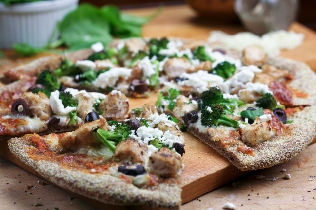 Chicken Broccoli Olive and Goat Cheese Pizza--JOYCE, DO NOT TRY THIS ...