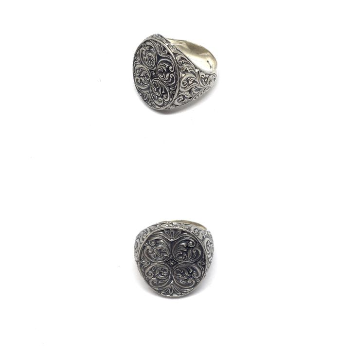 I Pizzi del lago.                                        Anello in argento con incisioni fatte a mano in Italia