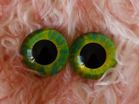 22mm Hand Painted German Glass Eyes (1 pair) bright yellow with teal…22mm Hand Painted German Glass Eyes (1 pair) Deep Purple & Green,glass eyes, teddy bear eyes, hand painted glass eyes,22mm,german glass eyes,sapphire,green,gold,blue,purple,sparkle,glitter